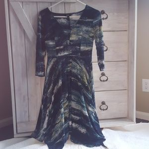 Simply Vera Wang Shark Bite Dress